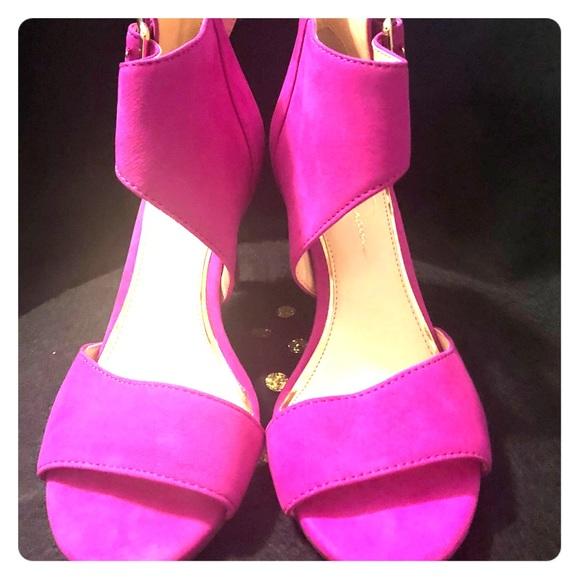 Jessica Simpson Shoes - Jessica Simpson Bermuda Pink Size 7